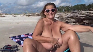 Good fuck accompanied by saggy tits granny