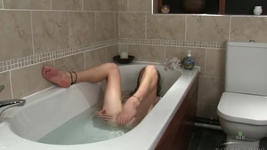 Hairy young blonde hair pussy eating in shower in HD