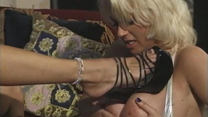 Large tits chick desires threesome