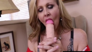 Famous and huge boobs mature Julia Ann masturbation