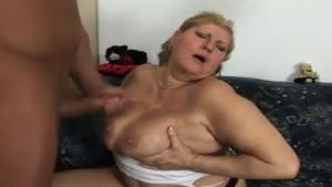 Lonely mature gets a good fucking