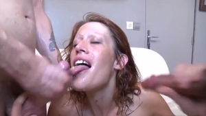 French MILF gets a buzz out of hard nailining