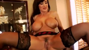Stepmom Lisa Ann double penetration sex tape