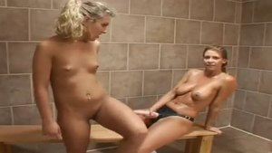 Aubrey Addams in company with Kitty Jung fingering