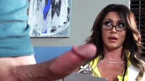 Large boobs MILF Jessica Jaymes need hard pounding