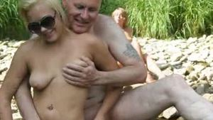 Shaved exhibitionist bareback blowjob in public