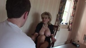 British Lady Sonia is a huge boobs MILF