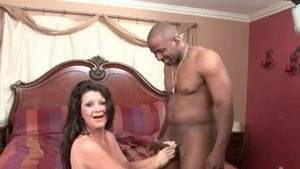 Slut Raquel Devine agrees to hard nailining