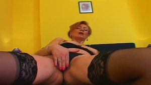 Hard nailining with hairy granny