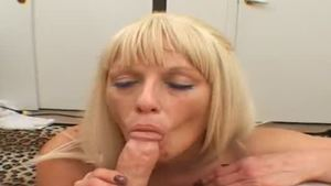 Sex alongside blonde
