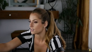Stunning on live cam in HD