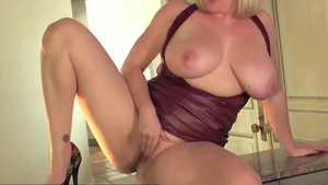 Busty girl Maggie Green pussy fuck